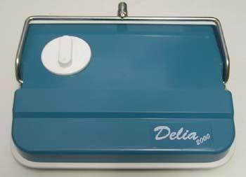 Domov a outdoor - Zametač Delia 2000