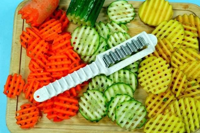 Příprava potravin - Tvarovací nůž Tony